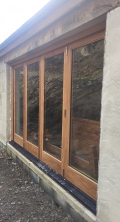 Oak 4 Door Bi-Fold Set